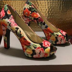 Nine West floral platform peep toe
